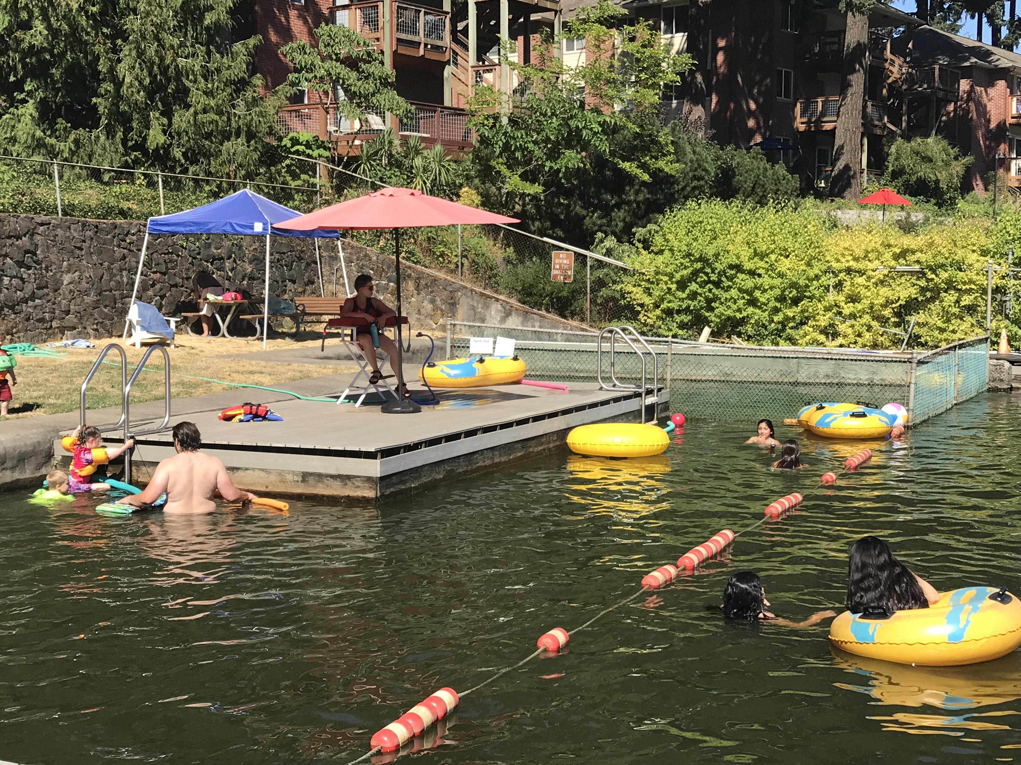 Lake oswego swim park city of lake oswego for Park road swimming pool opening times