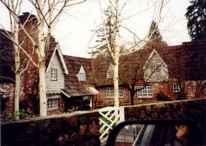 Hofer House