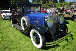 City of Lake Oswego car and boat show photo by Bruce C. Lee