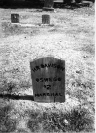 City of Lake Oswego HR Davison tombstone at Oswego Pioneer Cemetery