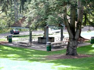 George Rogers Park Lower Shelter Photo
