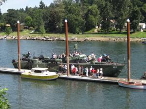 PT 658 at Foothills dock in Lake Oswego