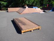 New manual box. We retired 2 of our manual boxes in the 2013 season. This new one was created with recycled materials out of a palete that the new 6' 1/4 skatelight was delivered on and metal coping from one of the old boxes. Fun and Free! Go recyling!
