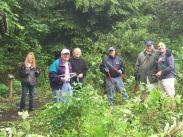 Lake Oswego Rotary help restore Campbell Native Garden 051615