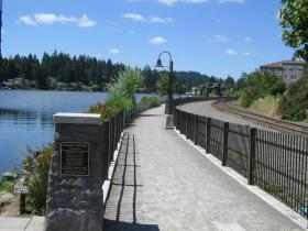 Headlee Pathway Along Lakewood Bay