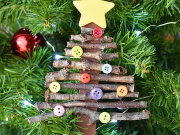 Recycled ornament popsicle stick