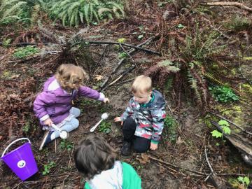 Preschoolers exploring Springbrook Park on a Nature Walk